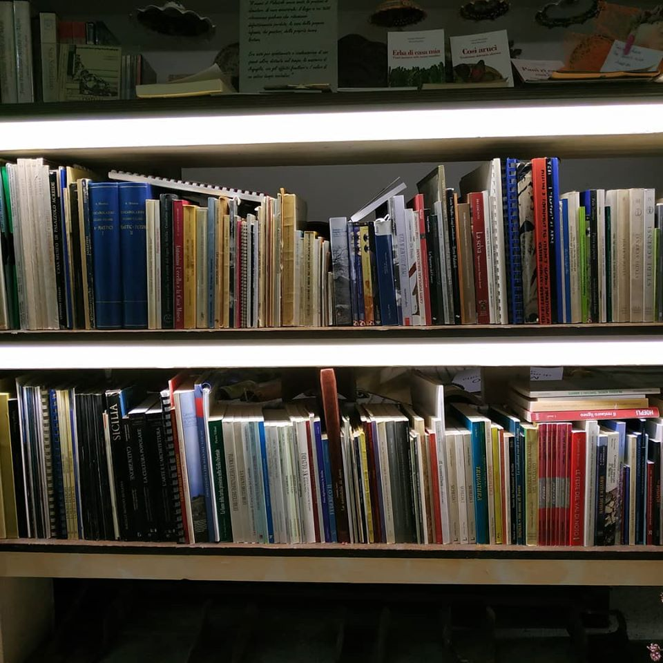 biblioteca centro studi iblei